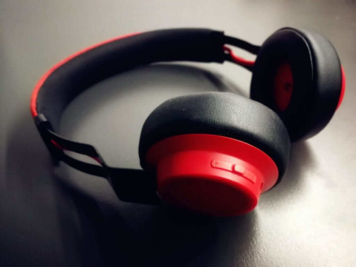 How to check if your headphones are too loud?